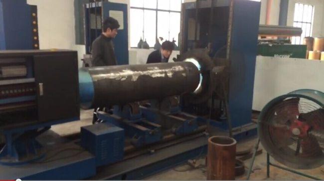 耐磨管焊机视频