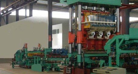 GYH-1600-2D-1Máquina de solda com grade de aço