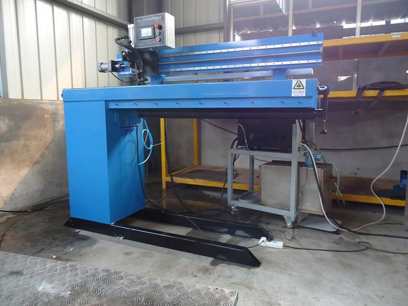 linear welding machine